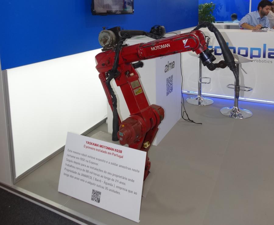 Robô Motoman K6 SB de volta à EMAF